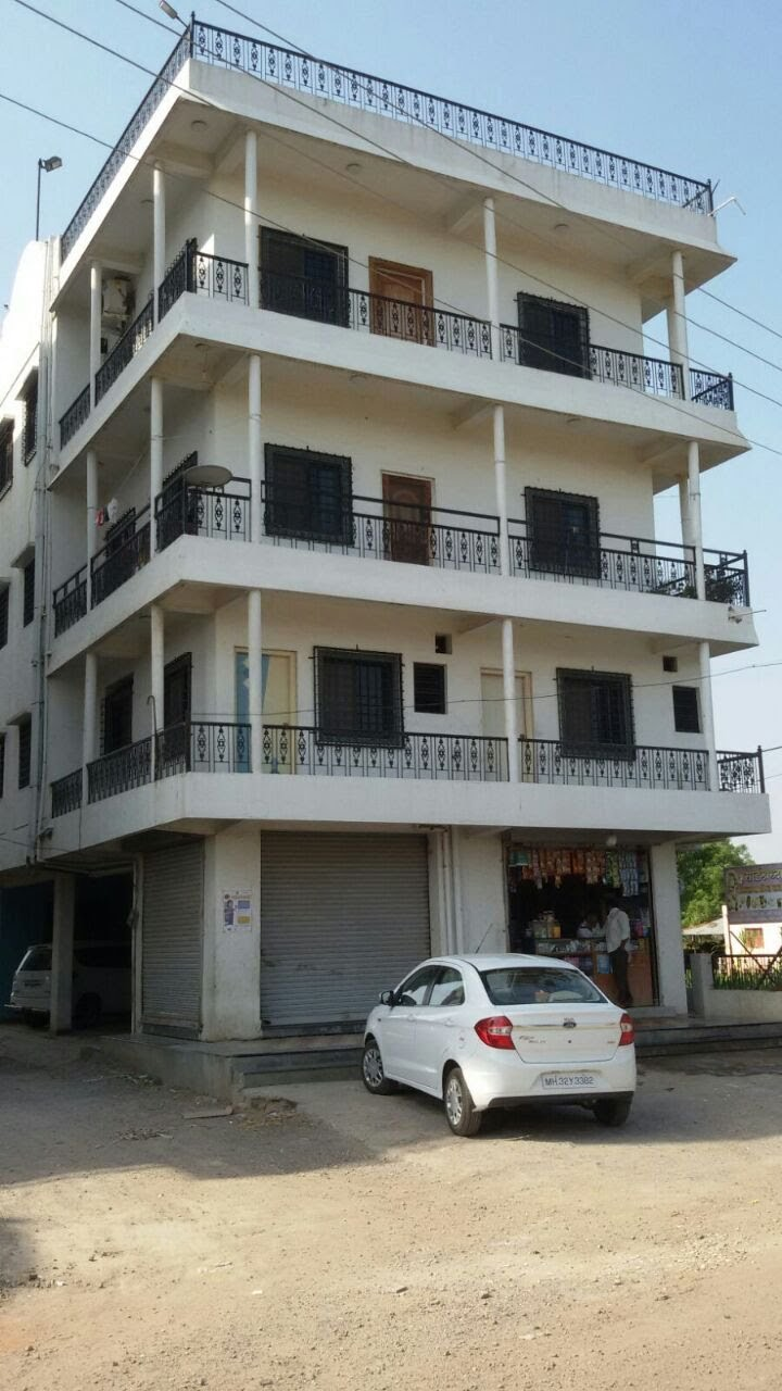Residential-Commercial Building for Sale