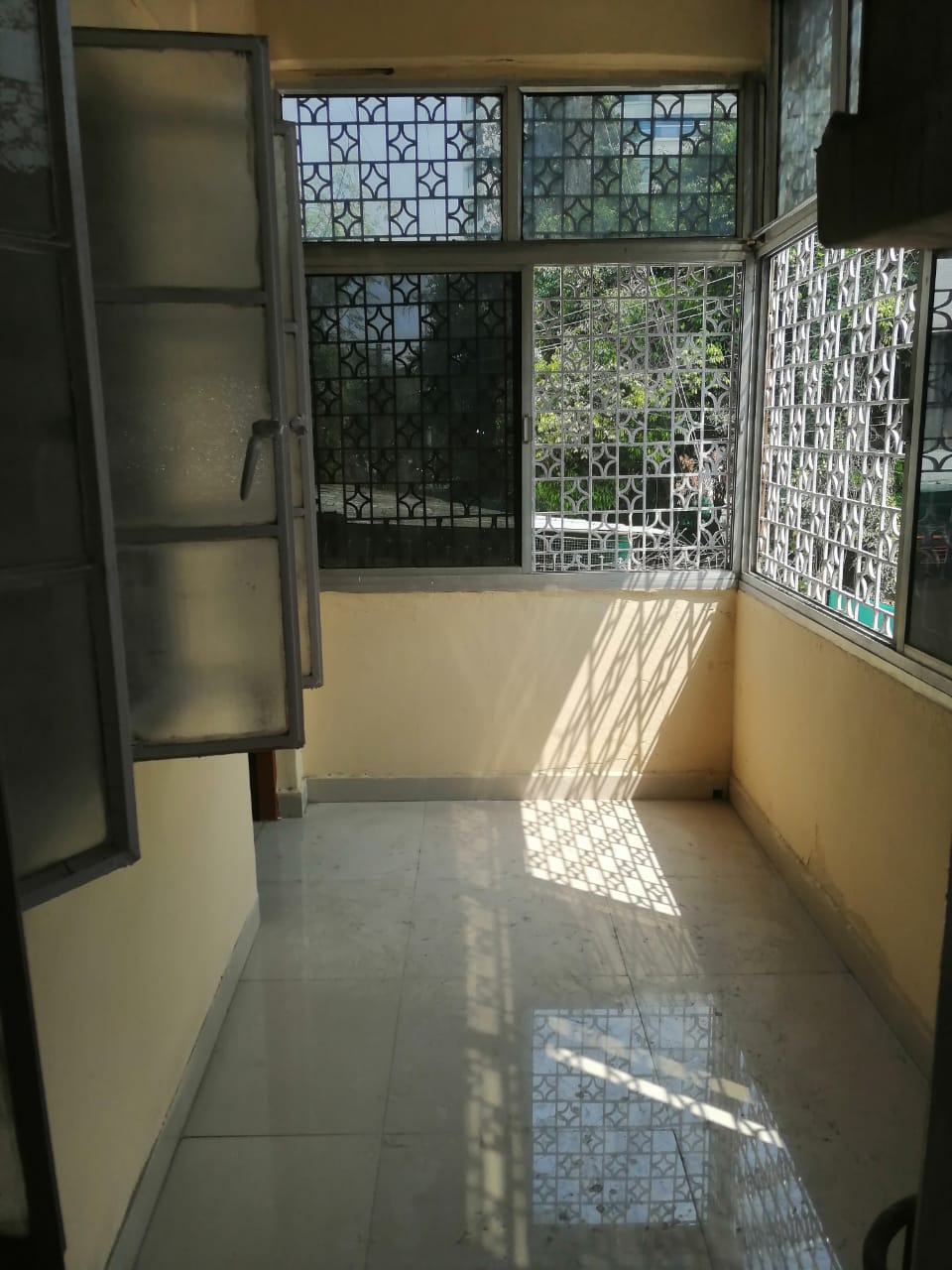 Flat in Khare Town