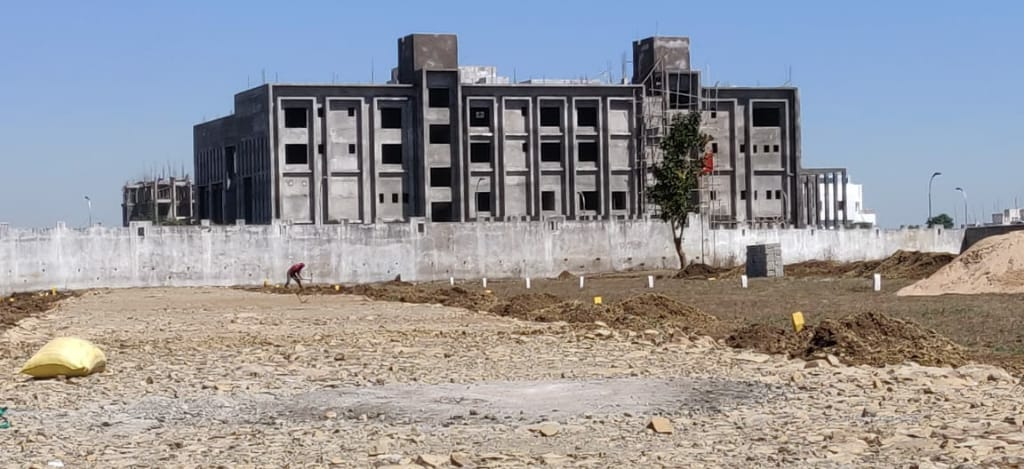 Commercial Plots in Empire City
