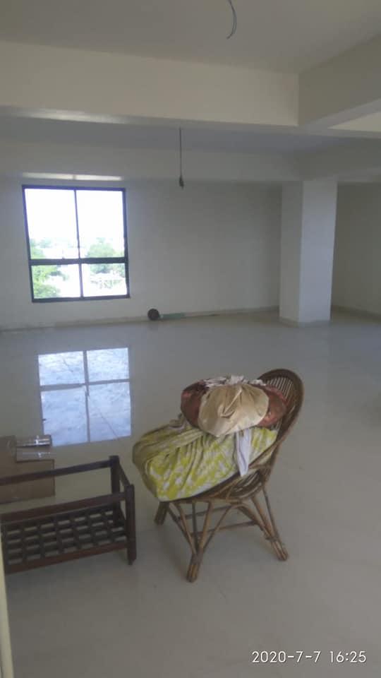 Flat in Laxmi Nagar