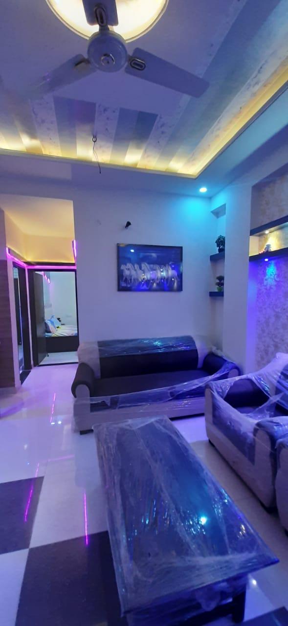 Flat 1 in Jagdamba Nagar