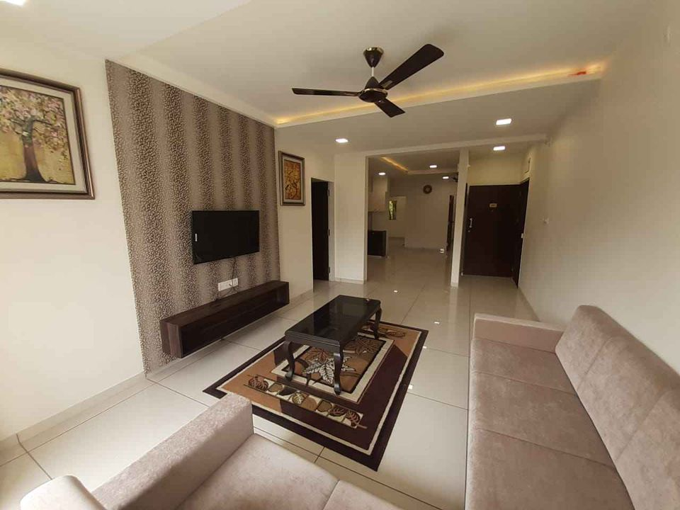 Fully Furnished  Luxurious Flats in Alkapuri