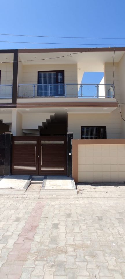 House in Guru Ram Das Nagar 1