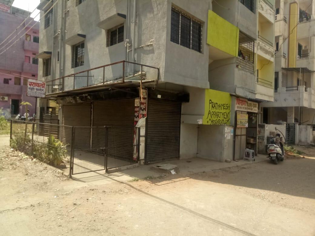 Shop available for sale at meshram lay out near lata mangeshkar hospital crpf gate