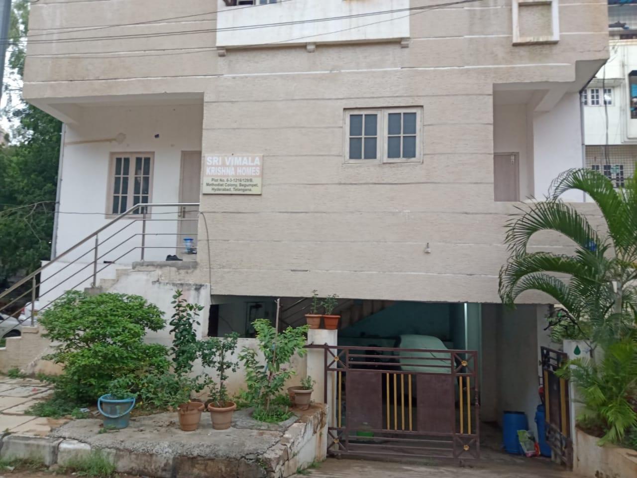 Flat for sale at Begumpet